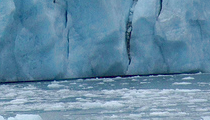 picture of a melting glacier